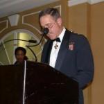 Lieutenant-général M.J. Dumais, Commandant de Commandement Canada et Champion de la Défense nationale pour les minorités visibles, récipiendaire du Prix des Artisans du non-racisme 2007