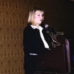 Madame Lise Thériault, ministre de l'Immigration et des Communautés culturelles